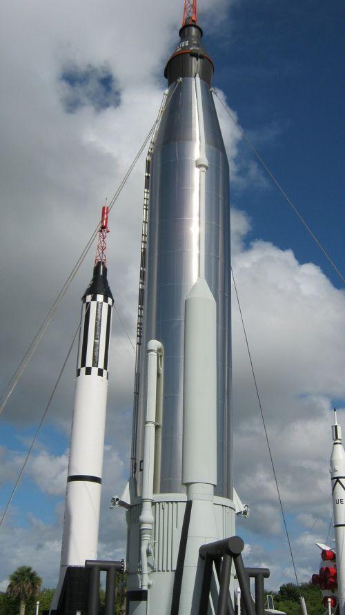 gyvsidabrio ir dvynių raketos,kosminis skrydis,NASA