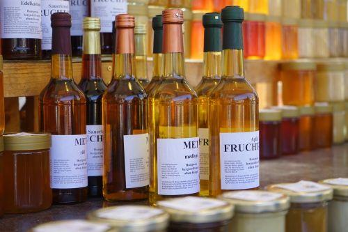 susitiko,medaus vynas,alkoholinis gėrimas,medus,buteliai,saldus,gerti,alkoholinis,bitininkystė