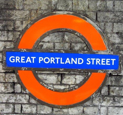 Metro, po žeme, puikus Portland Street, London po žeme, skydas, Jungtinė Karalystė, Lankytinos vietos, Anglija, plytų siena, sienelę, Miestas, Londonas, istoriškai
