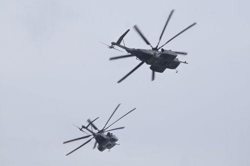 mh-53 jūrų drakonas,skrydis,orlaivis,skraidantis,formavimas,heli,sraigtasparnis,mine,skaitiklis,karinis jūrų laivynas,karinis jūrų laivynas,propeleris