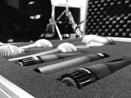 mikrofonas,bagažas,studija,įrašai,garso aparatūra,muzikos studija,garso studija,garsas