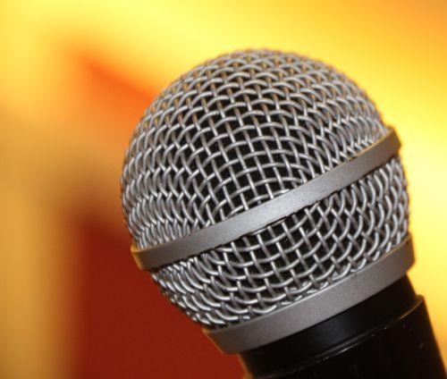 mikrofonas,shure,dainuoti,dainuoti,metalas,garsas,muzika