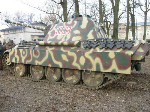 militaria,kariuomenė,pagrindinis mūšio tankas,armija,kariuomenė,paminklas