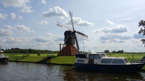 malūnas,olandų malūnas,malūno geležtės,vėjo malūnas,voras malūnas,polderbemaling,vėjo energija,vėjas,mediniai dagiai,ganykla,drenažas,vėjo malūnas