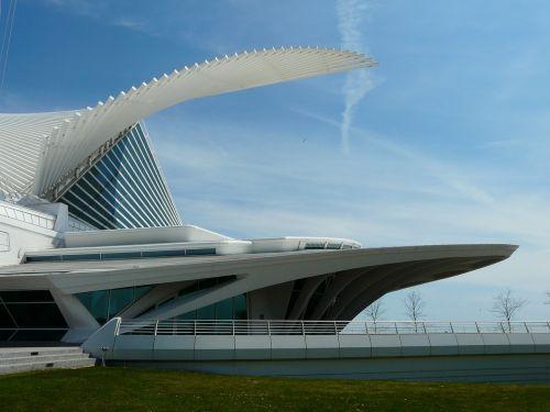 Milwaukee meno muziejus,dailės muziejus,milwaukee,Viskonsinas,architektūra,pastatas,futuristinis,šiuolaikiška,dizainas,Santiago Calatrava,muziejus