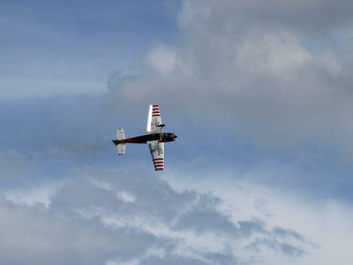 modelio lėktuvas,modelio skrydis,nuotoliniu būdu valdoma,modelio skraidymas,modelis,orlaivis,skristi,hobis,skrydis,m17,laisvalaikis
