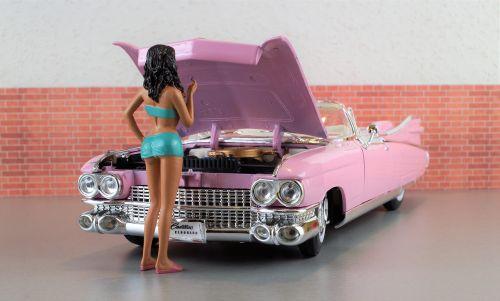 modelis automobilis,cadillac,Cadillac eldorado,rožinis,automatinis,senas,Žaislinė mašina,usa,amerikietis,modelis,dioramas,palaužti,automobilio sugadinimas,defektas,nuostolingai