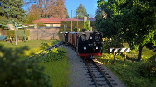 modelio geležinkelis, gamta, modelio traukinys, be honoraro mokesčio