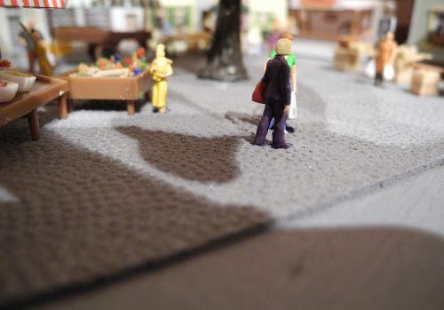 modelio traukinys,h0,masto h0,hobis,turgus,žmogus,skaičiai,modelio geležinkelis,žaislai
