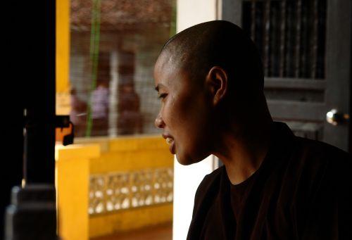 vienuoliai,rūgštus,Vietnamas,Hanojus,portretas,Moteris,juoktis,atrodo,Paieška,homely,rudas kailis,koncepcija,atsitraukia