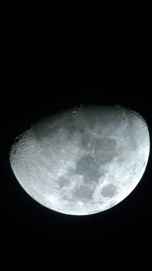 mėnulis,erdvė,astronomija
