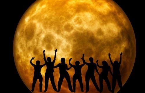 mėnulis,džiaugsmas,sveikinimai,linksma,laimė,žmogus,fonas,linksma nuotaika