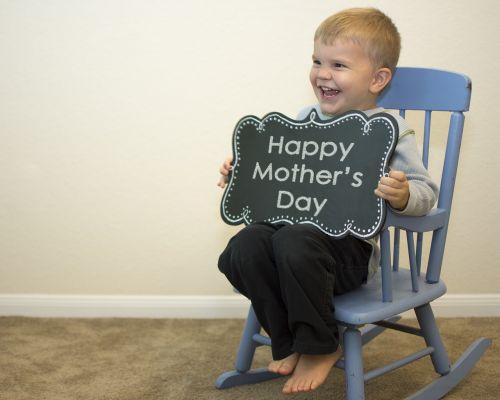 Motinos diena,sūnus,motina,meilė,šventė,berniukas,šventė