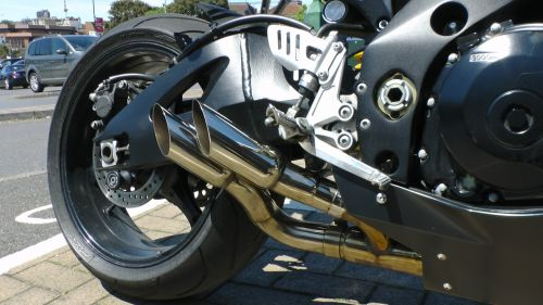 motociklas & nbsp, išmetimo & nbsp, vamzdžiai & nbsp, ratas, išmetimas, vamzdis, vamzdžiai, ratai, motociklas & nbsp, spidometras & nbsp, rpm & nbsp, skaitiklis, motociklas, motociklai, speedo, spidometras, rpm, rev & nbsp, skaitiklis, skaitiklis, greitis, dviratis, baikeris, dviračiu, variklis, agusta, motociklo galinis ratas ir išmetimas