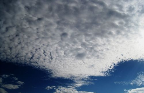 debesys, plunksna, masė, plikas, balta, piltuvo & nbsp, formos, purpurinė debesų masė