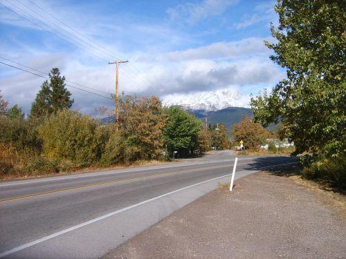 kalnas shasta,Kalifornija,kalnas,sniegas,debesys,greitkelis,medžiai,šiaurinis,siskiyou,vulkanas