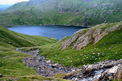 kalnas,kraštovaizdis,gamta,vasara,peizažas,kelionė,vasaros kraštovaizdis,gamtos kraštovaizdis,nuotykis,lauke,grazus krastovaizdis