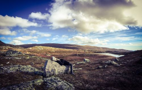 kalnas,pasivaikščiojimas,palaima,gamta,gyvenimo būdas,lauke,turistinis,keliautojas,jaunas,keliautojas,alpinizmas,mergaitė,kraštovaizdis,laisvalaikis,žygiai,laisvė