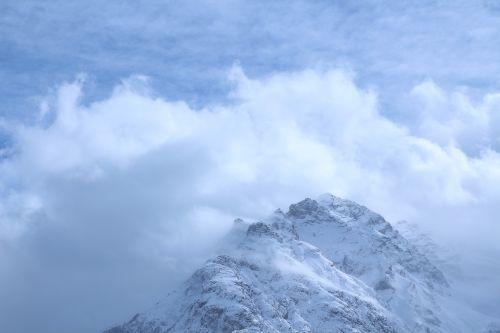 kalnas, debesys, kalnų oras, kalnai, kalnų viršūnės, kalnų pasaulis, Alpių, Šveicarija, kalnų peizažas, kalnų viršūnių susitikimas