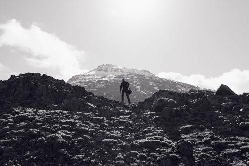 Alpinizmas, kalnas, žygis, žygiai, alpinizmas, ekstremalios, nuotykis, alpinistas, piko, aukščiausiojo lygio susitikimas, alpinistas, uolos, alpinizmas, Rokas, pasiekimas, aukštis, laisvė, siluetas vyras, gamta, Sportas, veikla, kelionė, pasivaikščiojimas