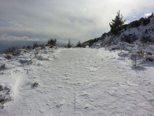 kalnų kelias,snieguotas kelias,kalnas,sniegas,žiema,šaltas,ledas,snieguotas,balta,lauke,ledinis,Atėnas,Graikija,rapentosa