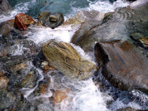Kalnų Upelis, Laukiniai, Verzasca, Žalias Vanduo, Akmenys, Rokas, Ticino