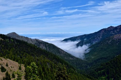 kalnai,mėlynas dangus,gamta,kraštovaizdis,kalnas,peizažas,miškas,piko,debesis,lauke,aukštas,grazus krastovaizdis,gamtos kraštovaizdis,žygiai,mėlynos dangaus debesys,aplinka