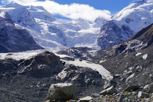 kalnai,ledynas,Alpių,sniegas,gamta,masyvas,Šveicarija,debesys,panorama,dangus,didelis ledynas,aukšti kalnai,sniego kraštovaizdis,Rokas,ledas,akmenys,ledynas liežuvis,morterratschgletscher,sluoksnis,žygis,nuotaika,bergtour