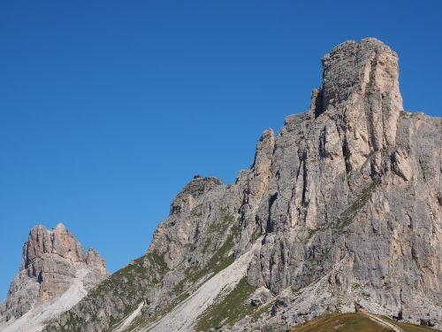 Kalnai, Kalnų Grupė, Monte Averau, Monte Nuvolau, Monte Gusela, Ampezzo Dolomitai, Dolomitai, Italy, South Tyrol, Passo Di Giau, Monte Gusella