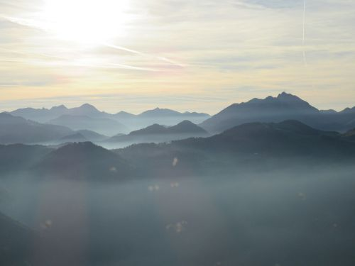 kalnai,ruduo,nuotaika,rūkas,saulėlydis,gamta,rudens nuotaika