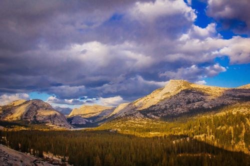 kalnų kraštovaizdis,rudens kraštovaizdis,ruduo,kraštovaizdis,gamta,kalnas,dangus,peizažas,saulė,lauke,saulės šviesa,miškas,medis,kalnas,saulėtas,žemė,vaizdingas,gamtos kraštovaizdis,peizažai,gražus,grazus krastovaizdis