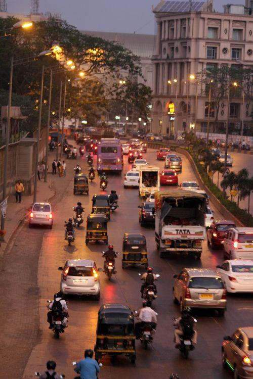 Mumbajus,gatvė,miestas,eismas,Rickshaws