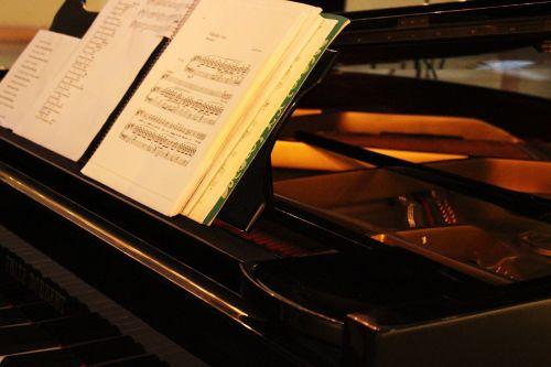 muzika,fortepijonas,rezultatas,menas