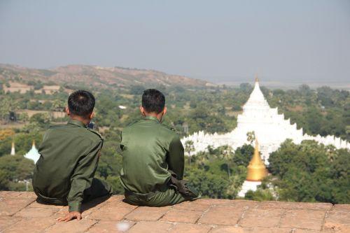 mianmaras,kariuomenė,šventykla