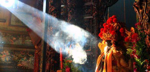 mitas,kinų kultūra,šventykla,sunray,šviesa,bažnyčia,dūmai,religija,kultūra,malda,tikėjimas