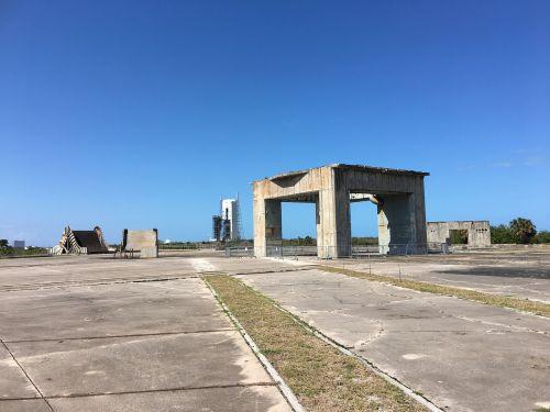 Nasa, Apollo, Kosmoso Centras, Kosmoso Lenktynės