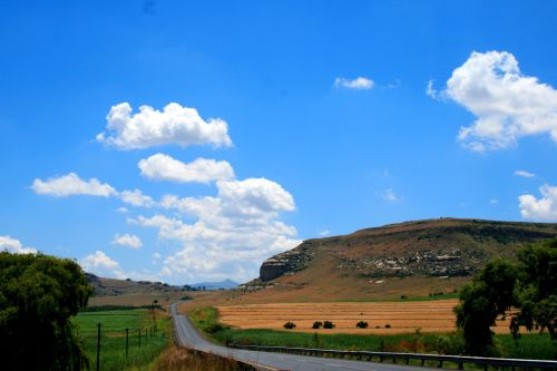 kalnas & nbsp, kraštovaizdis, Rytų & nbsp, nemokama & nbsp, būsena, nacionalinis kelias rytinėje laisvoje valstybėje