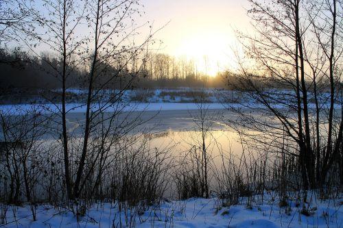 Natūralus, Saulėlydis, Vanduo, Dangus, Ro, Žiema, Ledai, Denmark, Kraštovaizdis, Vaizdas, Vandens Kraštas, Ežeras, Medžiai, Tyla