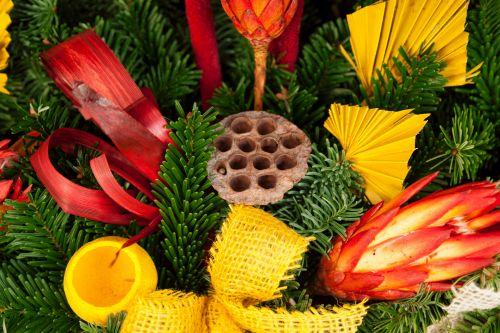 Adventas, Kalėdos, gruodžio mėn ., apdaila, dekoratyvinis, šventinis, natūralus, šventė, raudona, žalias, sezonas, sezoninis, vainikas, xmas, natūralus Kalėdų puošimas