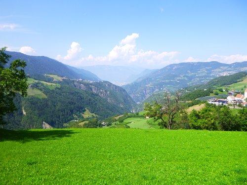 pobūdį, vasara, dangus, medis, kraštovaizdis, augalų, meadow, žolė, laukas, Grožio, Sodas, slėnis, kalnai, žemė, Romantika, meilė, spalva, parkas