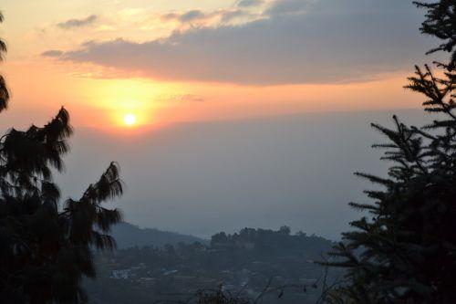 Nepalas,saulėlydis,pohkara