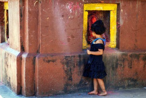 Nepalas, Vaikai, Religija