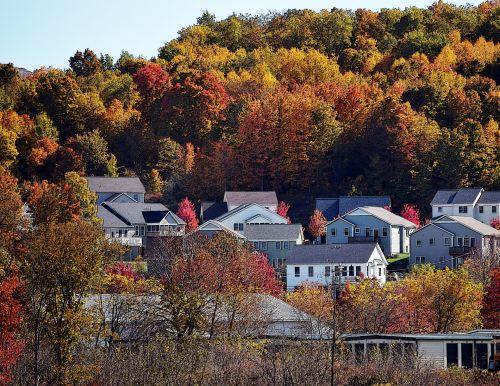 kritimas, ruduo, lapuočių, nauja & nbsp, Anglija, Vermont, namai, namai, kaimynystėje, kalnai, spalva, oranžinė, raudona, geltona, september, Spalio mėn, nauji Anglijos namai