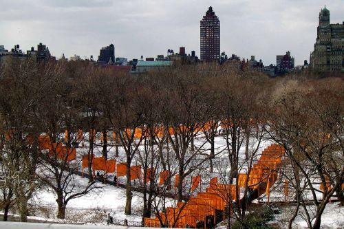 Niujorkas,centrinis parkas,Cristo vartai,žiema,centrinis parkas niujorkas,parkas,York,naujas,centrinis,miestas,Manhatanas,panorama,nyc,miesto,medis,skulptūra,lauke,menas,kraštovaizdis,spalva,spalvinga,dizainas,meno kūriniai,oranžinė,vartai