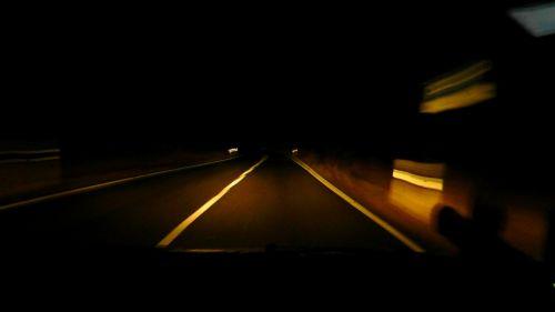 naktinis važiavimas,kelias,tamsi,vakaras,tamsa,prožektorius,neatlyginamas