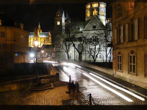 naktis,istoriškai,metz,katedra,apšvietimas,kelias,žibintai,atmosfera,atmosfera