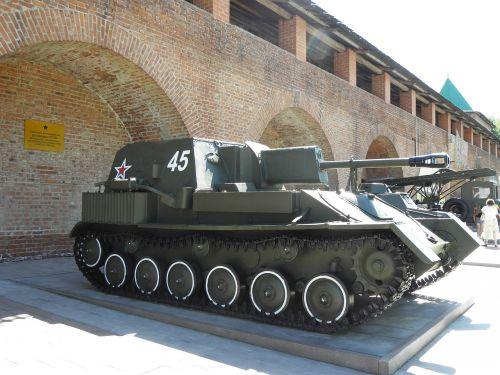 nizhniy novgorod,kremlius,technika,karinė įranga,meno paroda,talpyklos,armija,ginklai,Antrasis pasaulinis karas,raudona armija
