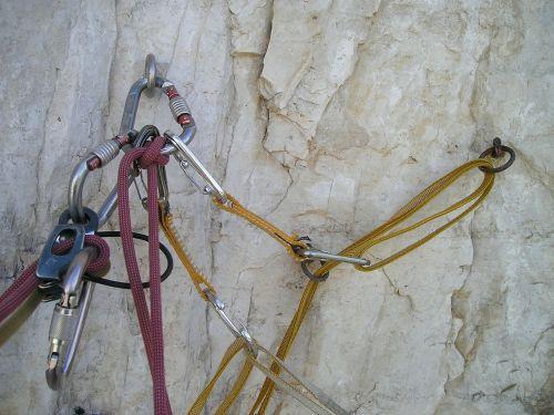 įprasti kabliukai,kablys,Alpinizmas,bergsport,lipti,Ekstremalus sportas,stovėti,atsarginė kopija,padidėjo iki,virvė,lynai,gumbai,atc,atc vadovas,hms karabiner,kilpa,gręžimo kabliai