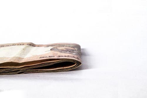 pastaba,rupija,Indijos,baltas fonas,finansai,valiuta,pinigai,pinigai,ruda,karštas,sėkmė,investuoti,pinigai,investavimas,sutaupyti,vertė,turgus