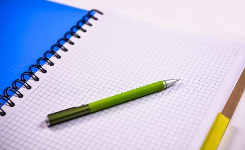 nešiojamojo kompiuterio,rašiklis,popierius,biuras,verslas,rašiklis ir popierius,balta,darbas,tuščias,nešiojamojo popieriaus popierius,darbo vieta,pastaba,dokumentas,tuščia,užrašų popierius,dokumentų tvarkymas,Baltas popierius,puslapis,erdvė,lakštas,švarus,rašyti,namų darbai